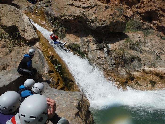 descenso-de-barrancos-alcala-del-jucar | Turismo Alcalá