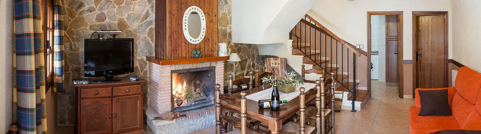 Casa rural con chimenea alcala del jucar turismo alcal del j car - Casas alcala del jucar ...